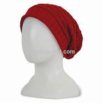 Knitted Beanie in Solid Color